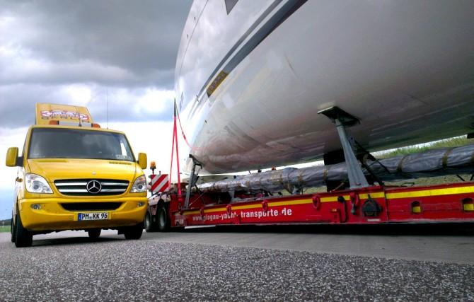 TKW-Junior begleitet regelmäßig Yachttransporte durch ganz Europa.