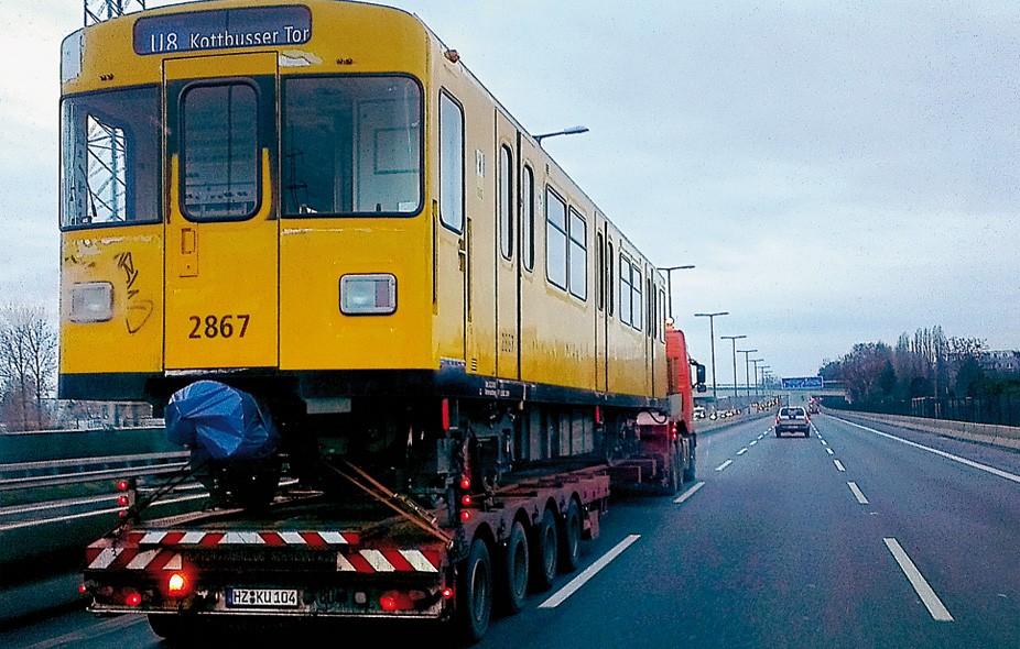In Partnerschaft mit TKW-Junior wurden 2012 über 180 U-Bahn Wagons überführt.